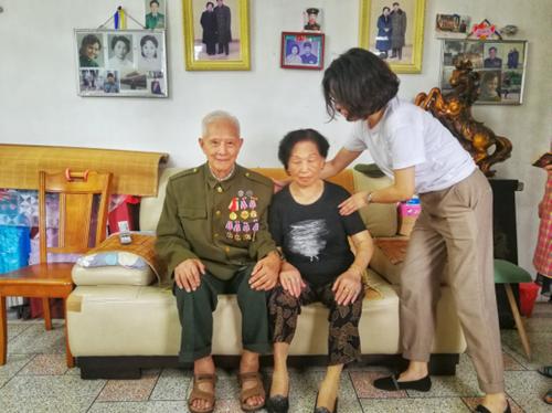 【简报】追忆峥嵘岁月 彰显军人荣耀258_副本.png